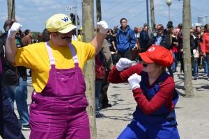Mario und Wario klären schonmal die Rangordnung